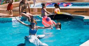 Langstone Cliff Hotel swimming pool children