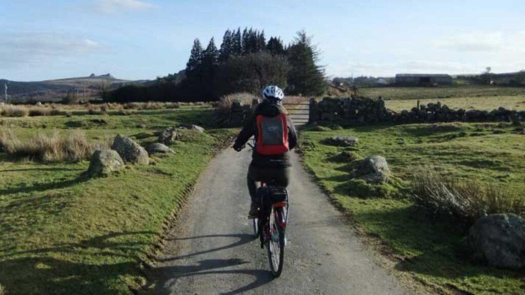 The-Granite-Way-Cycling-South-Devon-Autumn-min