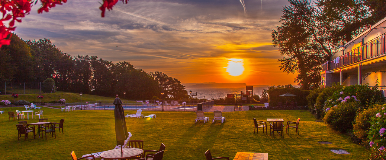 Welcome to The Langstone Cliff Hotel
