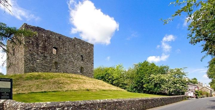 PhotoLydford-Castle