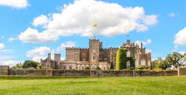 PhotoPowderham Castle Devon-min