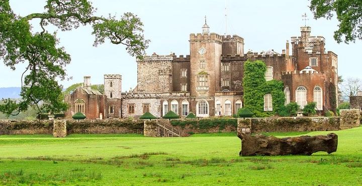 PhotoPowderham-Castle