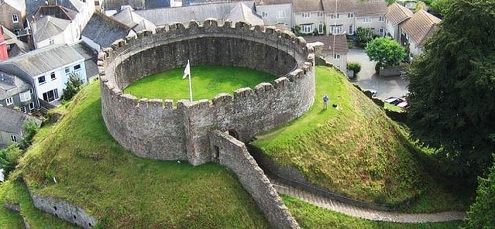 PhotoTotnes-Castle